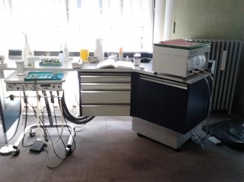 matriel complet de cabinet a vendre cause arrt d 39 activit toulouse. Black Bedroom Furniture Sets. Home Design Ideas